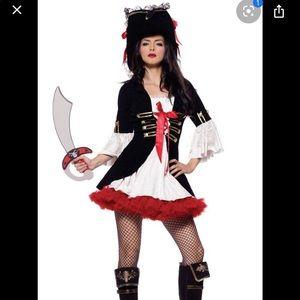 Leg Avenue Pirate Costume 🎃👻